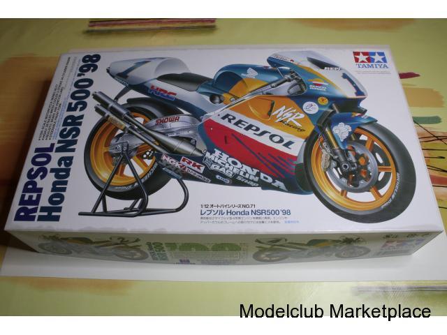 TAMIYA 1/12 HONDA NSR 500 1998