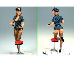 Police Girl 75mm