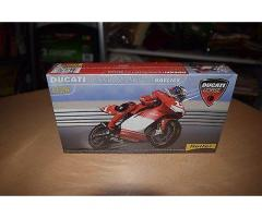 Ducati Desmosedici Troy Bayliss
