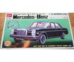 Mercedes-Benz 250, Sharp 1:24