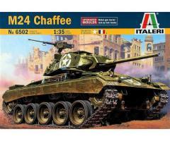 Italeri M-24 Chafee