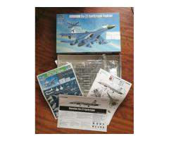 Trumpeter Russian Sukhoi Su-27 Early Type Fighter 1/72 No 01661 Flanker