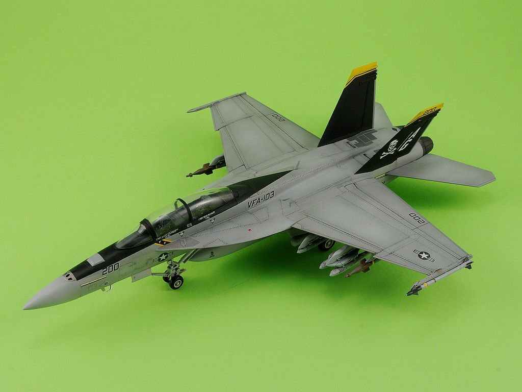 "F/A-18F Super Hornet VFA-103 ""Jolly Rogers"", 1/72"