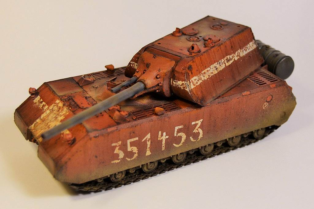 Maus super-heavy tank, 1/72